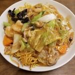 中華料理 唐韻 - 五目あんかけ焼きそば 750円
