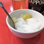 清香楼 - 杏仁豆腐