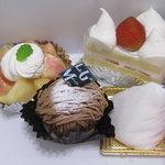 ル・グ・メルヴェイユ - テイクアウトのケーキ4種