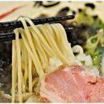 88453042 - 心地良い食感の麺。