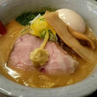 麺屋大河 - 料理写真:味噌らーめん、半熟煮玉子