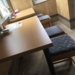 スープカレー&ステーキ 傾奇 - 他テーブル席