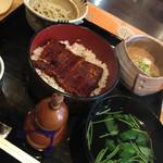 御料理武蔵野 - うな重と蕎麦のセット2400円