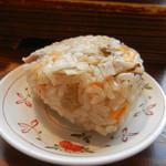 めんちゃんこ亭 - 椎茸の旨み溢れる「かしわむすび」