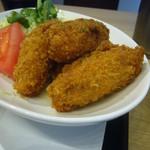ゆうじん - 料理写真:牡蠣フライ