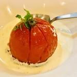 はじめや - 料理写真:完熟トマトのオーブン焼き¥700-