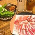 ホルモン道場 闘牛家 - サムギョプサル1050円