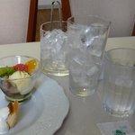 kafemorozofu - デザートプレートとアイスティー