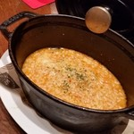 A&K ビア&フードステーション - ムール貝食べ終わったスープでリゾットにしてもらいました。美味しい。
