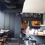 eric'S by EricTrochon - 店内