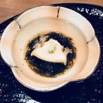 Ginya - もずくと蒸しアワビ