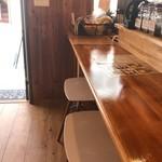 カフェ コティー - いつもカウンターで可愛いオーナーと話ししながらいただいています(2018.6.30)