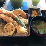 横濱屋本舗食堂 - 大海老天重  1,680円