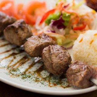 辛くない!脂っこくない!ヘルシーで優しい味がトルコ料理