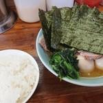 88484800 - チャーシュー麺、海苔増し、玉子マシマシw