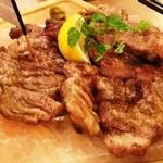 大衆ビストロ one's kitchen - 名物 イベリコ豚の岩塩プレート(Triple)