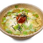 お茶漬け(梅・昆布・鮭) (各種)