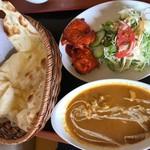 天竺薬膳 北印度料理 みらん - Cランチ(チキン)+プレーンナン