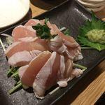 KOYOI 炭火焼と旬菜 - 鶏たたき
