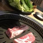 ヨプの王豚塩焼 熟成肉専門店 - 熟成サムギョプサル、熟成肩ロース
