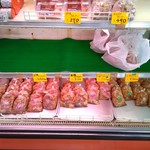 フクハチ食肉店 - ショーケース