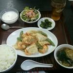 中国料理 桃花園 - バナメイ海老と筍粒マスタード炒め