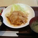 惣菜ばる おためし屋 - 生姜焼き定食 700円