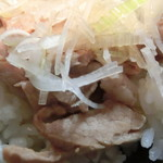 麺や勝治 - チャーシュー丼アップ