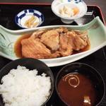 88512170 - 煮魚定食734円(税込)