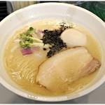 ヌードルズキッチン ガナーズ - 料理写真:濃厚鯛そば+味玉 850+100円 濃厚な鯛味…たまらん♪