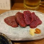 大虎 - 馬刺し(1380円)
