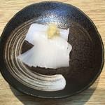 すし屋の佳賢 - 料理写真:赤イカ