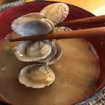 玄海鮨 - 味噌汁には あさり貝が入る