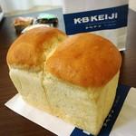 カー・ベー・ケージ - ◆ドイツパン(ランドブロード)¥345