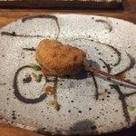 串カツとワイン 海山 - レンコン肉詰め