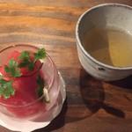 串カツとワイン 海山 - スイカとコーン茶