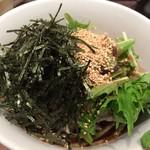 酢重正之 楽 - 梅だれおくら蕎麦 \980