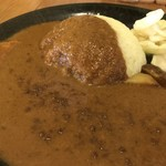 元町サトナカ - 丸く盛られたご飯にカレーがたっぷり!(2018.7.1)