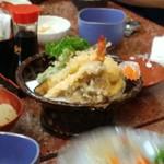 長谷川寿司 - 遠くにあった天ぷら盛合せ