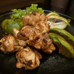 個室肉バル×チーズタッカルビ 肉タリアン - 若鶏の炭炙り焼き