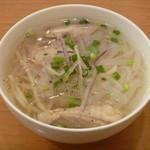 ベトナム食堂フォー・ホア - 鶏肉のフォー (フォー・ガー)
