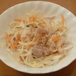 ベトナム食堂フォー・ホア - 鶏肉とキャベツのサラダ (ゴイ・ガー)