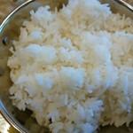 インド食堂 チャラカラ - カレープレートランチのライスは長粒米ですね\(^o^)/