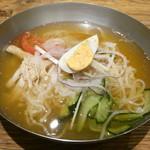 韓美膳 - 料理写真:盛岡風生冷麺