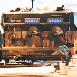 ラテスト - シモネッリのカフェメーカー