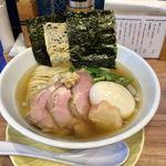 中華ソバ 篤々 - 料理写真:特製生姜煮干しソバ