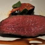 88549076 - 黒毛和牛モモ肉のグリル