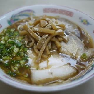 誠養軒 - 料理写真:ラーメン