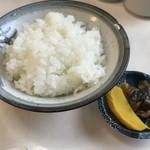 三春屋 - ご飯は柔らかすぎず硬すぎず美味しいお米