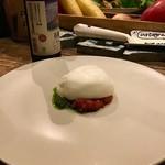88551504 - 世界一トマトバジル&チーズ。